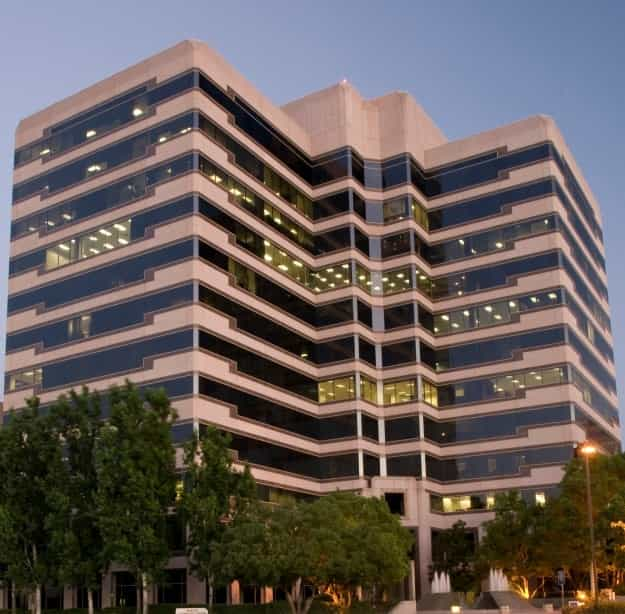 Warner Corporate Center for rent